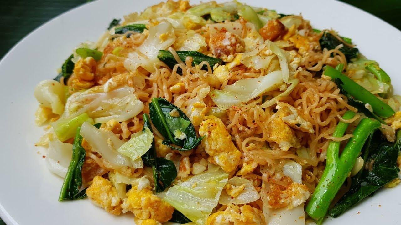 กับข้าวกับปลาโอ 532 : มาม่าผัดไข่ มาม่าหวยแหลก 99 อิ่มครบ  Stir Fried Instant Noodle