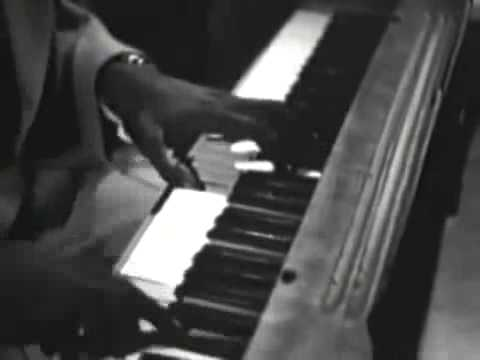 NAT KING COLE TRIO It's Better To Be By Yourself