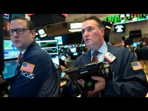Dow drops 500 points as bond yield rates rise