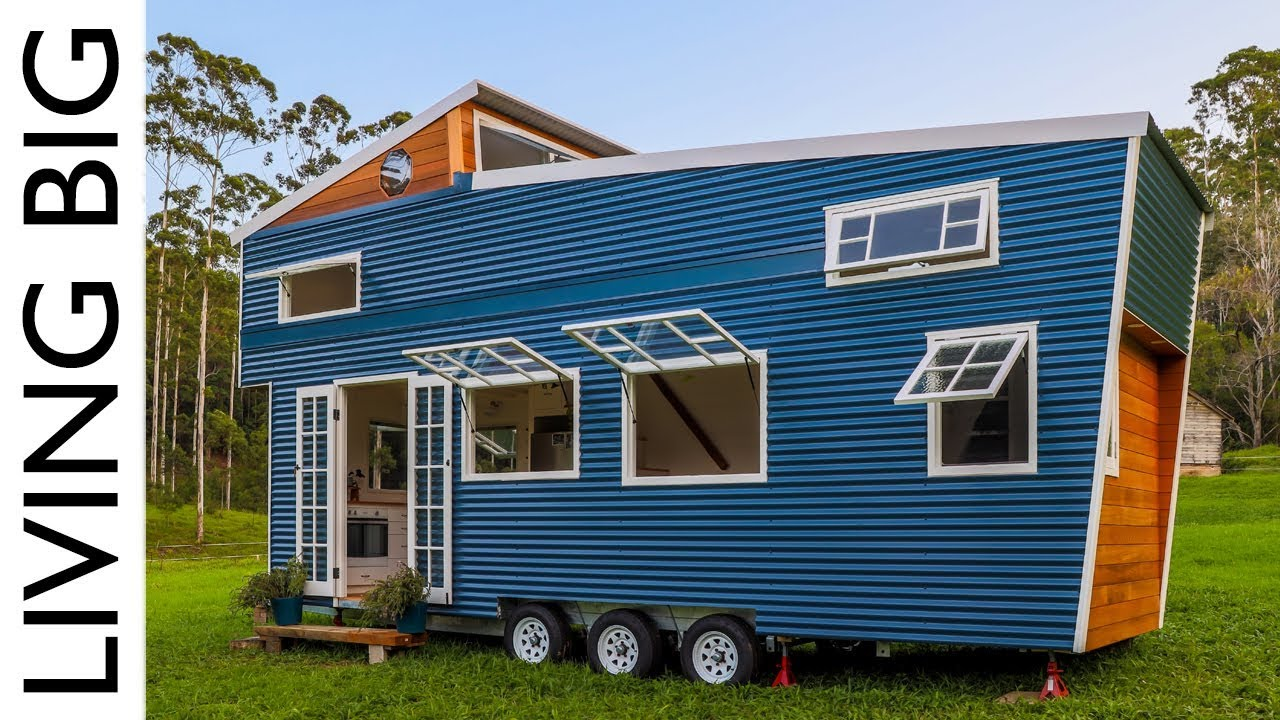 Tiny House With Amazing Pop Up Roof Youtube