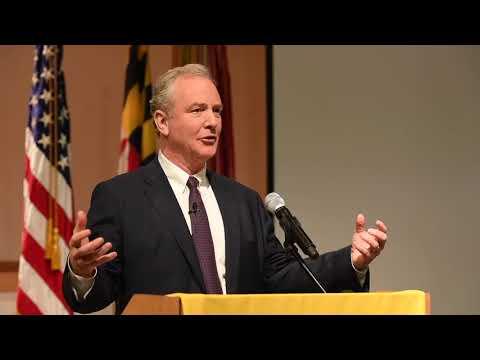 Sen. Chris Van Hollen speaks at Army lab event