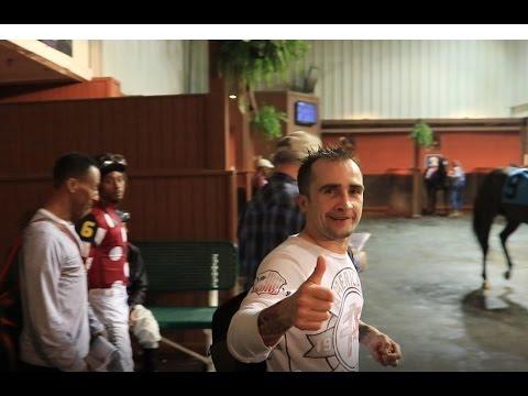 Thumbs Up At Delta Downs!