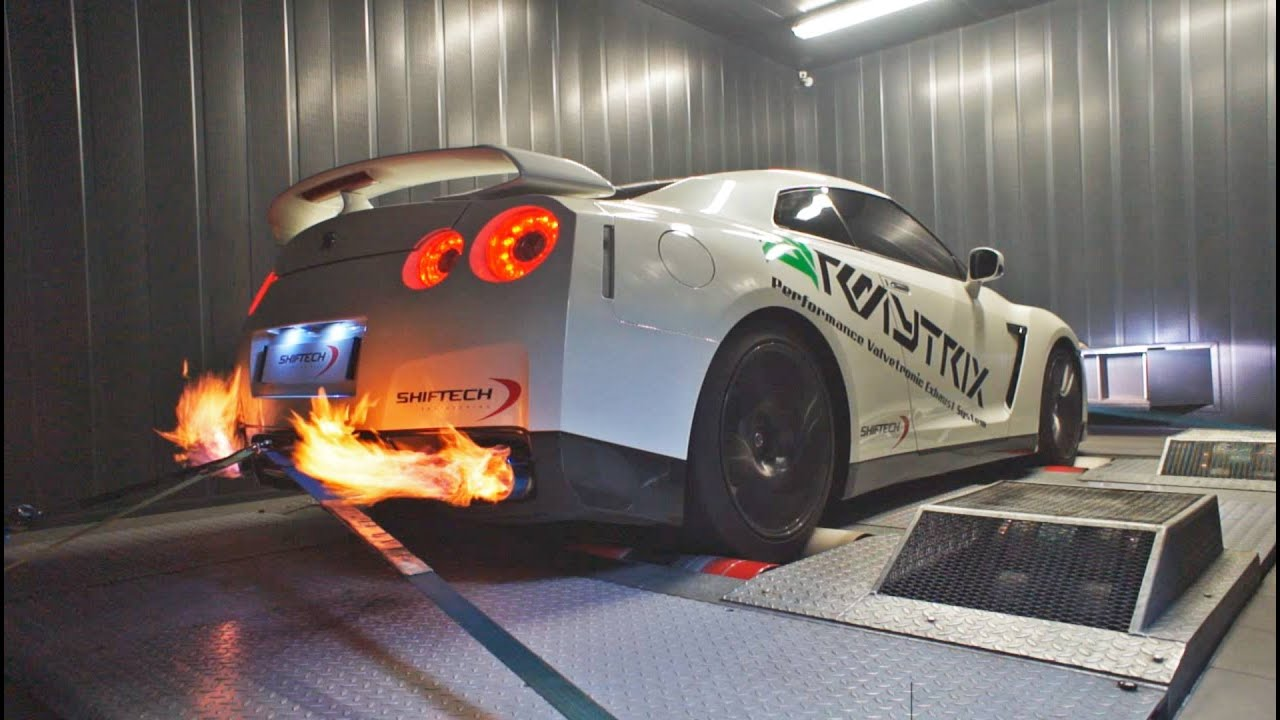 Insane Backfire Of 600 Hp Nissan Gt R35 With Armytrix