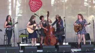 Della Mae at Strawberry 2015 (full set)