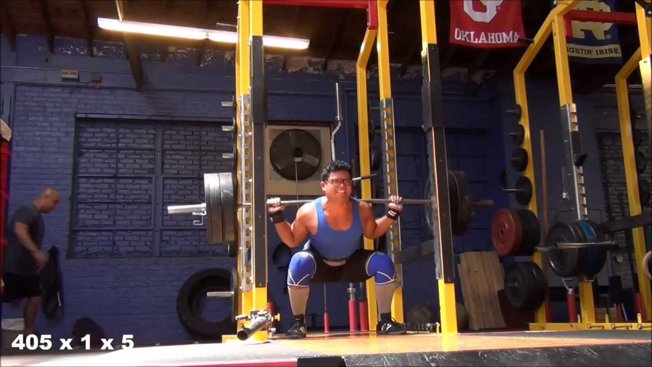 Squats, Sumo Deadlifts, Barbell Walking Lunges (Vlog #5 ...