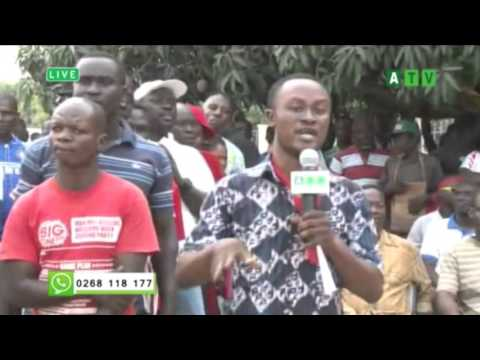 FRUSTRATED CUSTOMERS OF DKM INVOKE CURSES ON WORKERS OF BANK OF GHANA AND GOVERNMENT 2