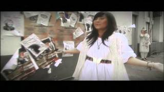 Video Gita Gutawa - Jalan Lurus download MP3, 3GP, MP4, WEBM, AVI, FLV November 2017