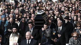 Emotivo adiós a Demis Roussos