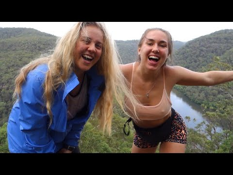 Hidden Gem in Sydney: Hiking in Berowra National Park + Swimming in Waterfalls!