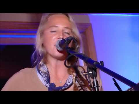 Lissie-Pursuit of Happiness