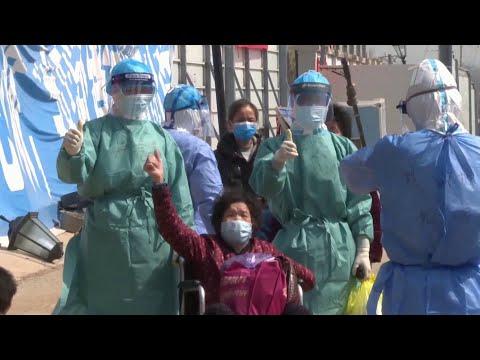 Китай заявил о разработке эффективной вакцины против коронавируса.