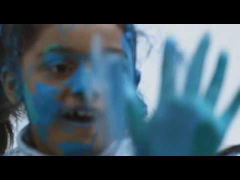AR Rahman's Vellai Pookal - Music Video (2009)