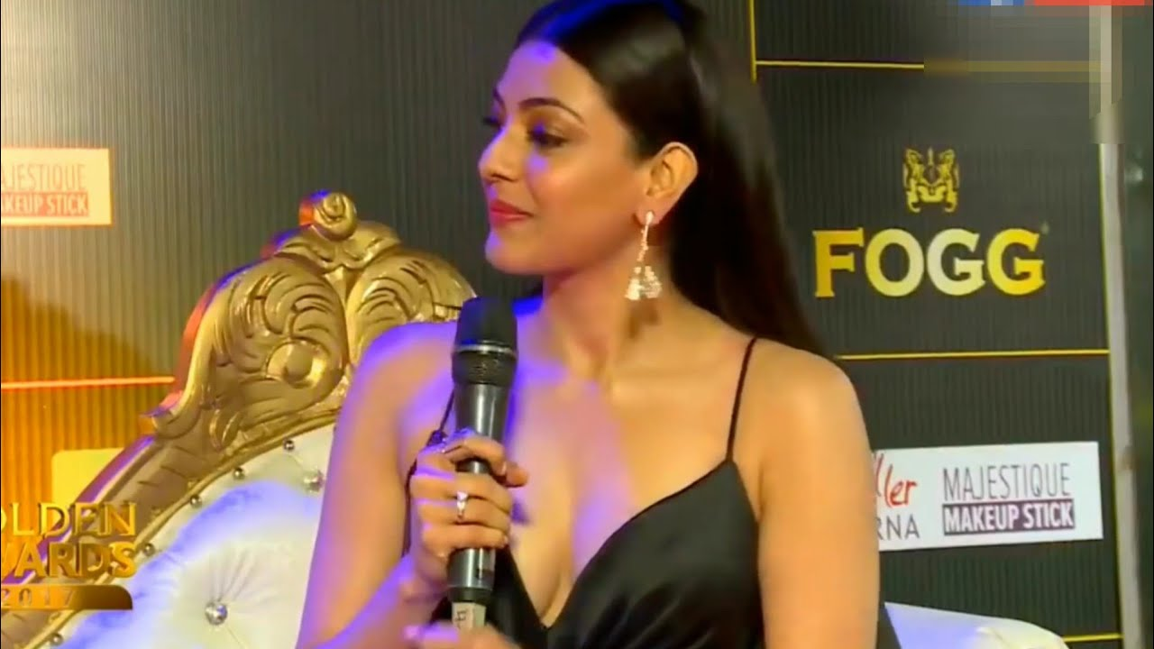 Kajal Agarwal Hot Unseen Boobs Show In Interview Youtube