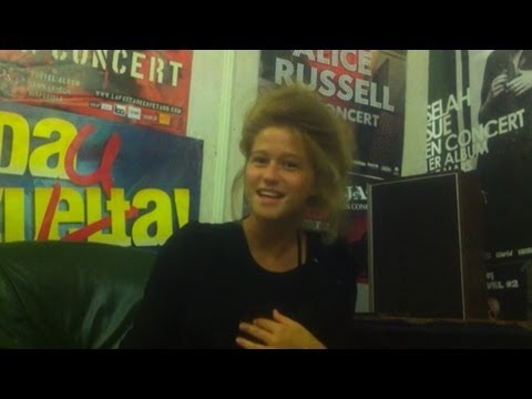 The Auto-Interview : Selah Sue