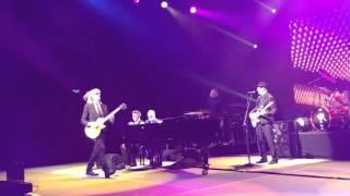 """Elton John Olympia  06/02/2016 """"Saturday night's always for fighting"""""""