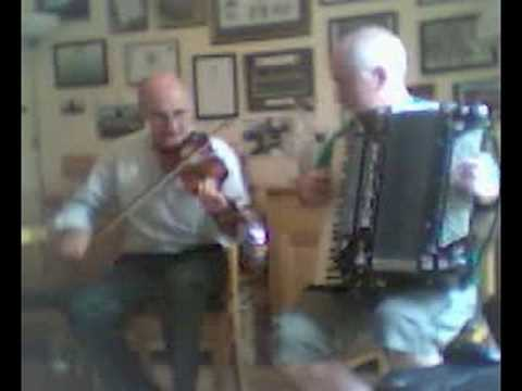 The Mountain Road and The Wind that Shakes the Barley - John Lawlor & Chris Devlin