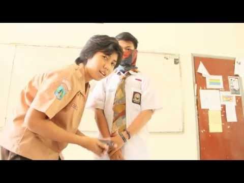 Lipsync Gita gutawa - Parasit by Sherly