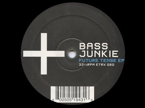 Bass Junkie - Electronvolt