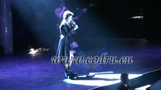 The Cranberries - Switch off the moment, with lyrics, Milano 2010