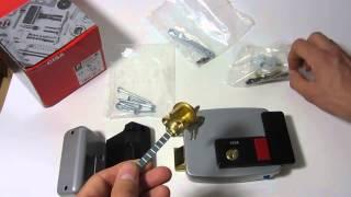 видео Электромеханический замок Cisa 16215.25.0
