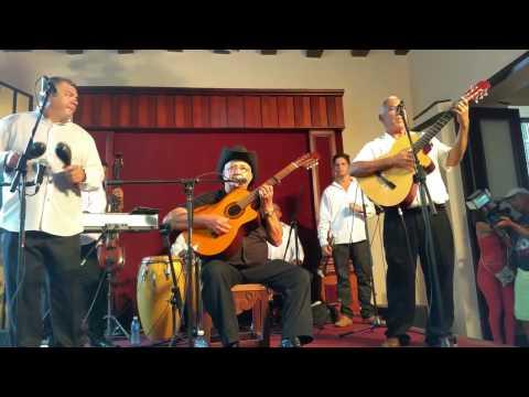 'Carretero' | Eliades Ochoa live | Casa de la Trova