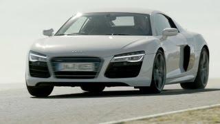 видео Audi R8 2013