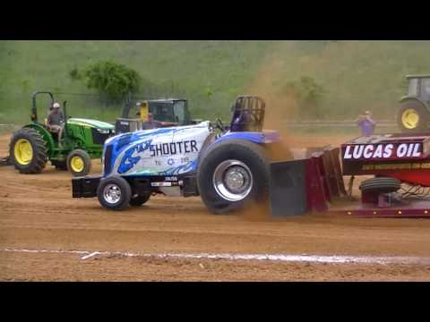 PRO STOCK / SUPER STOCK TRACTORS At Fishersville, Va 4-29-2017