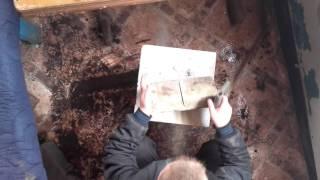 видео Как аккуратно пропилить фигурные штробы в керамограните?