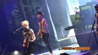 SUM 41 performing in Québec City! »» 07. Thanks For Nothing.