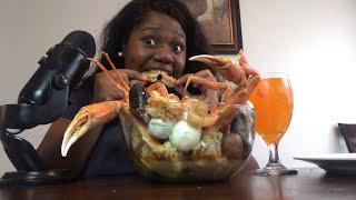 crab legs, jumbo shrimp SEAFOOD BOIL MUKBANG