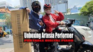 LIVE: Đôi bạn trẻ đến mua đàn piano điện xách tay Artesia của Mỹ