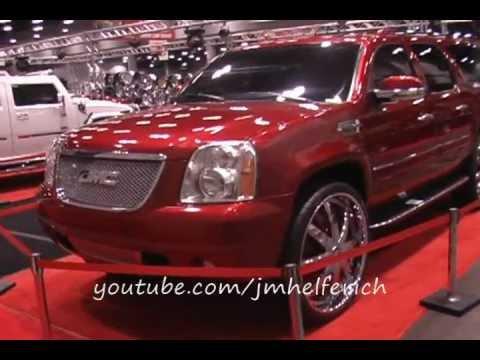 "Gmc Yukon Denali >> 2007 GMC Denali on 30"" Dub Spinners - YouTube"
