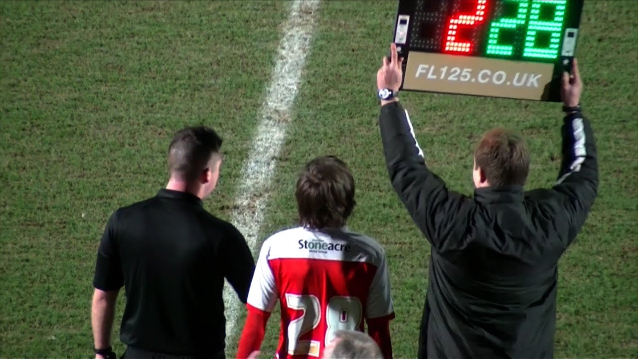 One Direction's Louis Tomlinson plays football for Doncaster Rovers - BBC News MyTub.uz