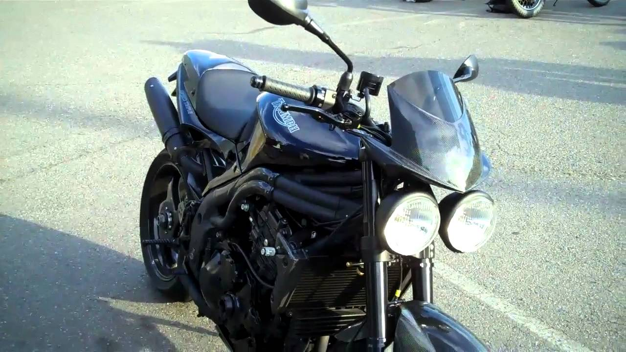 Triumph Motorcycle 2007 Speed Triple Modified With Carbon Fiber