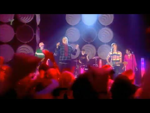 Junior Senior - Move Your Feet - Top of the Pops - 25th December 2003