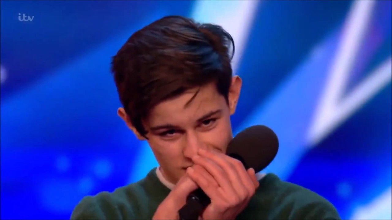 Singer Reuben Grey Sings To Girlfriend Gets SHOCKED! | Britain's Got Talent 2017