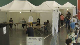 Galicia registra un 42,97% de participación a las 17,00 horas y Euskadi un 36,02%
