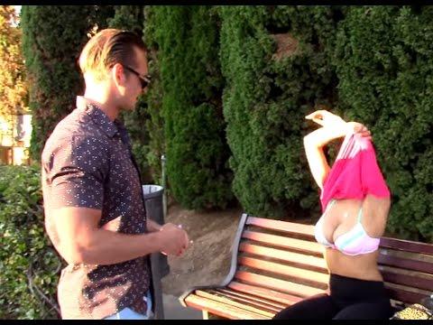 Giving Hot Girls $100 To Show Boobs ! (FAKE MONEY PRANK)