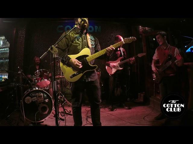 Gato Mojado en directo en Cotton Club Bilbao  intro + La Fina leño cover
