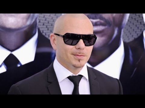 Pitbull defends Jay-Z in his own rap.