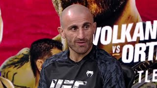 Alexander Volkanovski's Mindset Heading Into Ortega Fight   UFC 266
