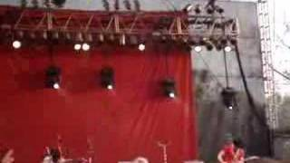 the white stripes icky thump live at bonnaroo 6 17 07