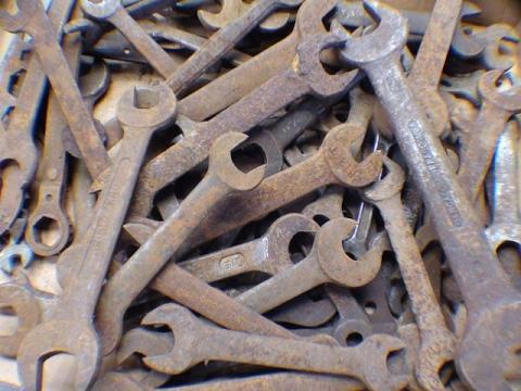 TIPS #312 The Olympics of Rust Removal pt 1 Electrolysis tubalcain