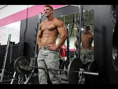 "Military Muscle | Russ ""The Bus"" Baker - Deployment Dieting/Supplementation"