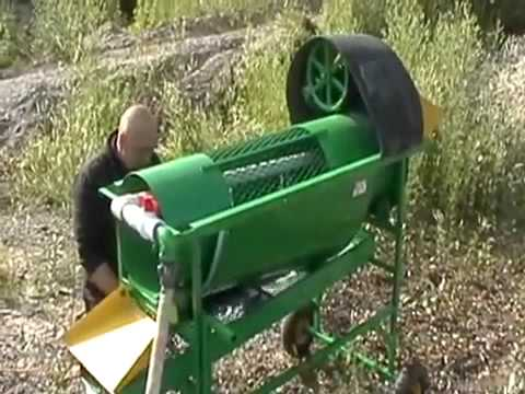 gold mining trommel   gold prospecting  panning for gold,