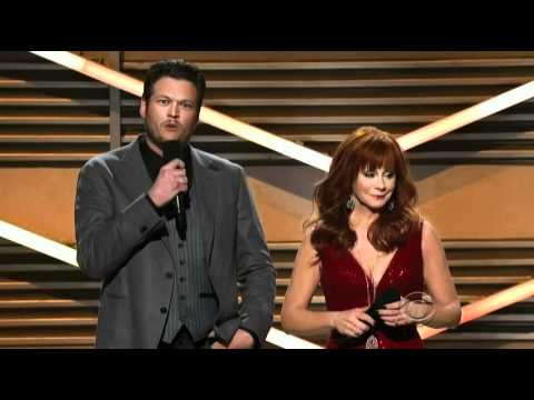 Taylor Swift's Baffled Reaction To ACM Awards Joke - Our Country (NEW) -