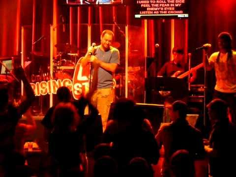 "KB - ""Rising Star Karaoke"" Bar - Universal Studios"