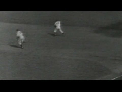 WS1952 Gm7: Dodgers turn two to end top of 4th