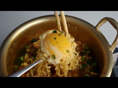 How to make Korean ramyeon (Ramyeon: 라면) aka ramen