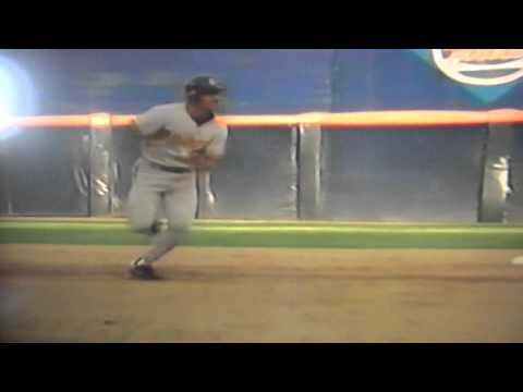 Benito Santiago Crossed Up Allows Orlando Merced To Score From First Base! San Diego Padres